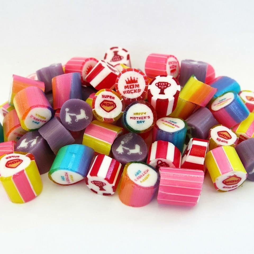 Карамель с логотипом рисунком внутри (сквозной логотип внутри конфеты)