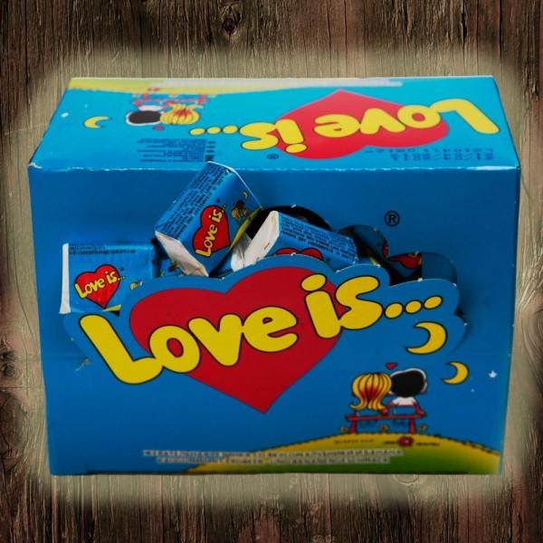 Love is жвачка блок банан-клубника