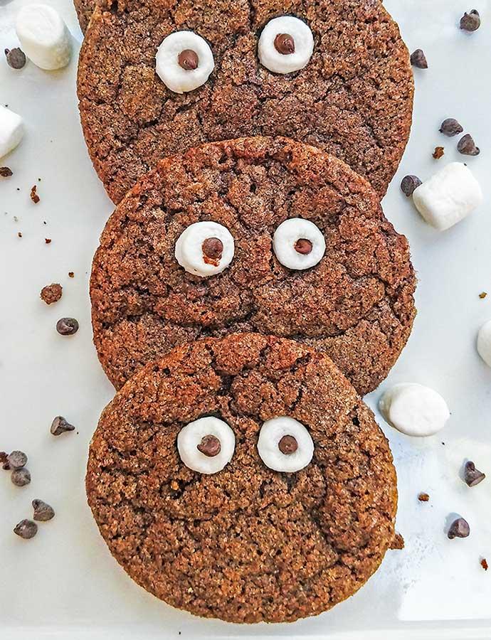 Печеньки кукис шоколадные с глазами