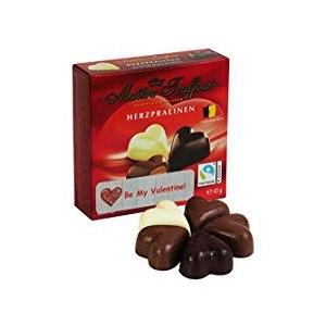 Фигурные конфеты в форме сердца с начинкой Maitre Truffout Herzpralinen